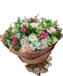 Dáng em hoa sinh nhật