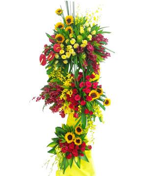 Mã đáo thành công hoa chúc mừng