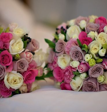 Hoa cưới xứng đôi