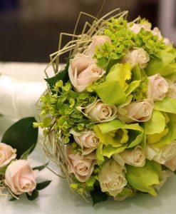 Hoa cưới mùi hương