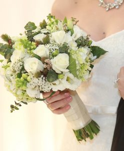 Hoa cưới nhà nàng