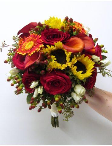 Hoa cưới ngày vui nhất