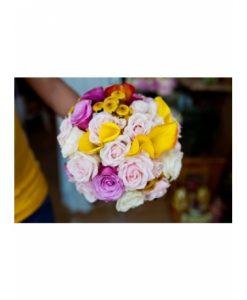 Hoa cuoi sắc màu