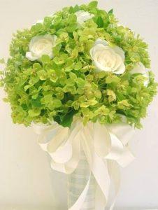 Cách bó hoa cưới đơn giản