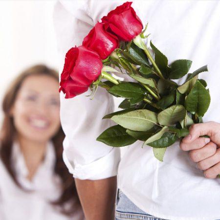 Những lưu ý cần biết khi tìm hình hoa tặng sinh nhật